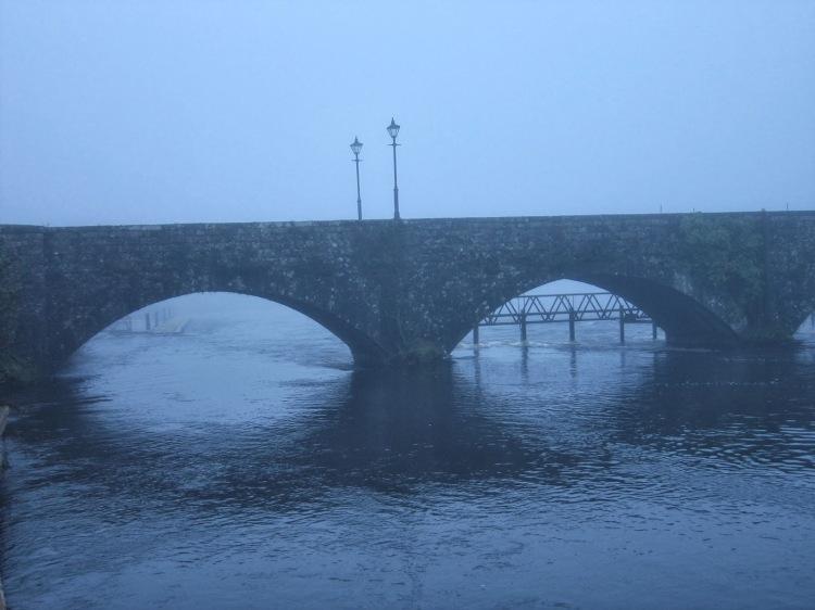 Killaloe-Ballina_Bridge_over_the_River_Shannon