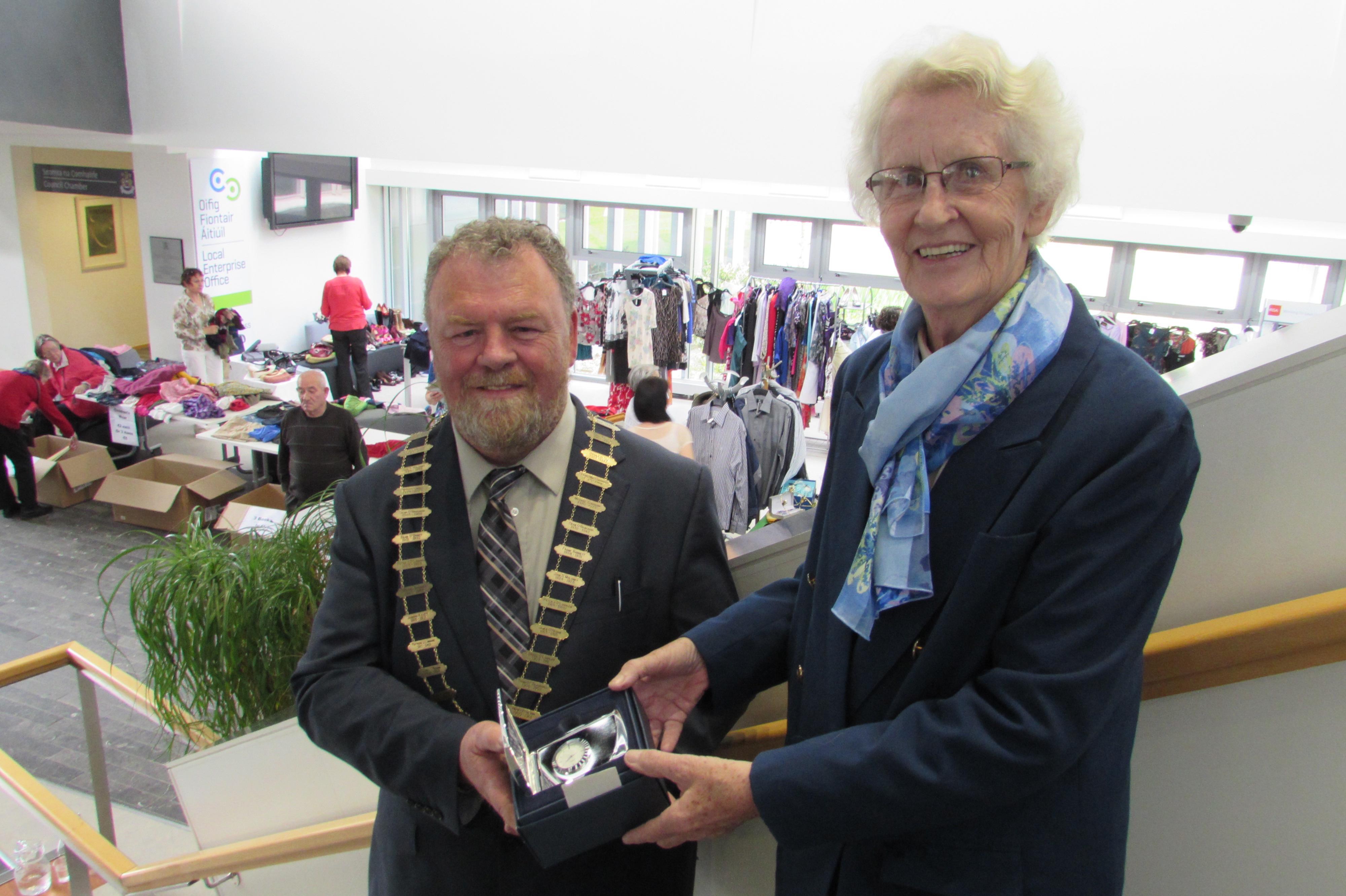 Sr. Mary Ann Neylon pictured with Mayor of Clare Cllr. Joe Arkins at the upcycling event at Áras Contae an Chláir