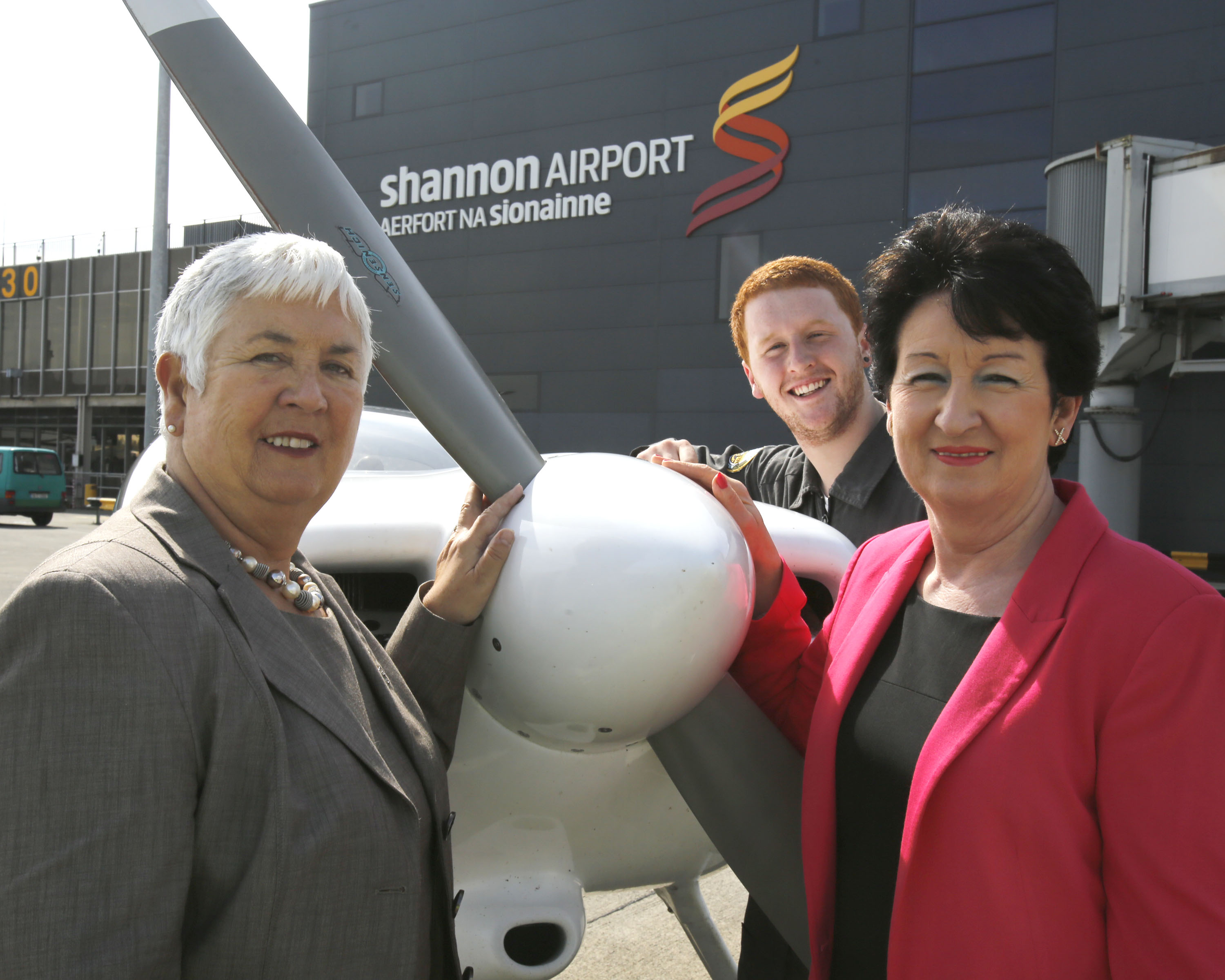 Museum Director Margaret O'Shaughnessy and Shannon Airport Chairman Rose Hynes Pictured with Harry Humphreys, Pilot. Photo Press 22