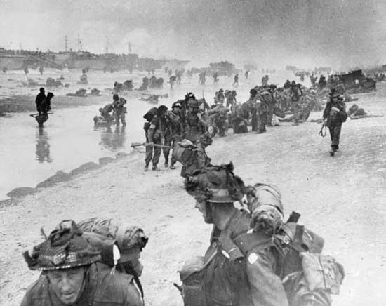 41st RM Commandos landing, June 6th 1944.