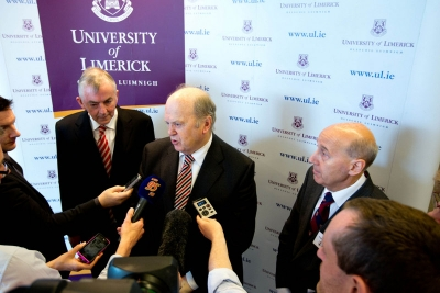 Professor Don Barry, Minister for Finance Michael Noonan and Professor Michael Larvin at the Opening of the Graduate Entry Medical School at UL