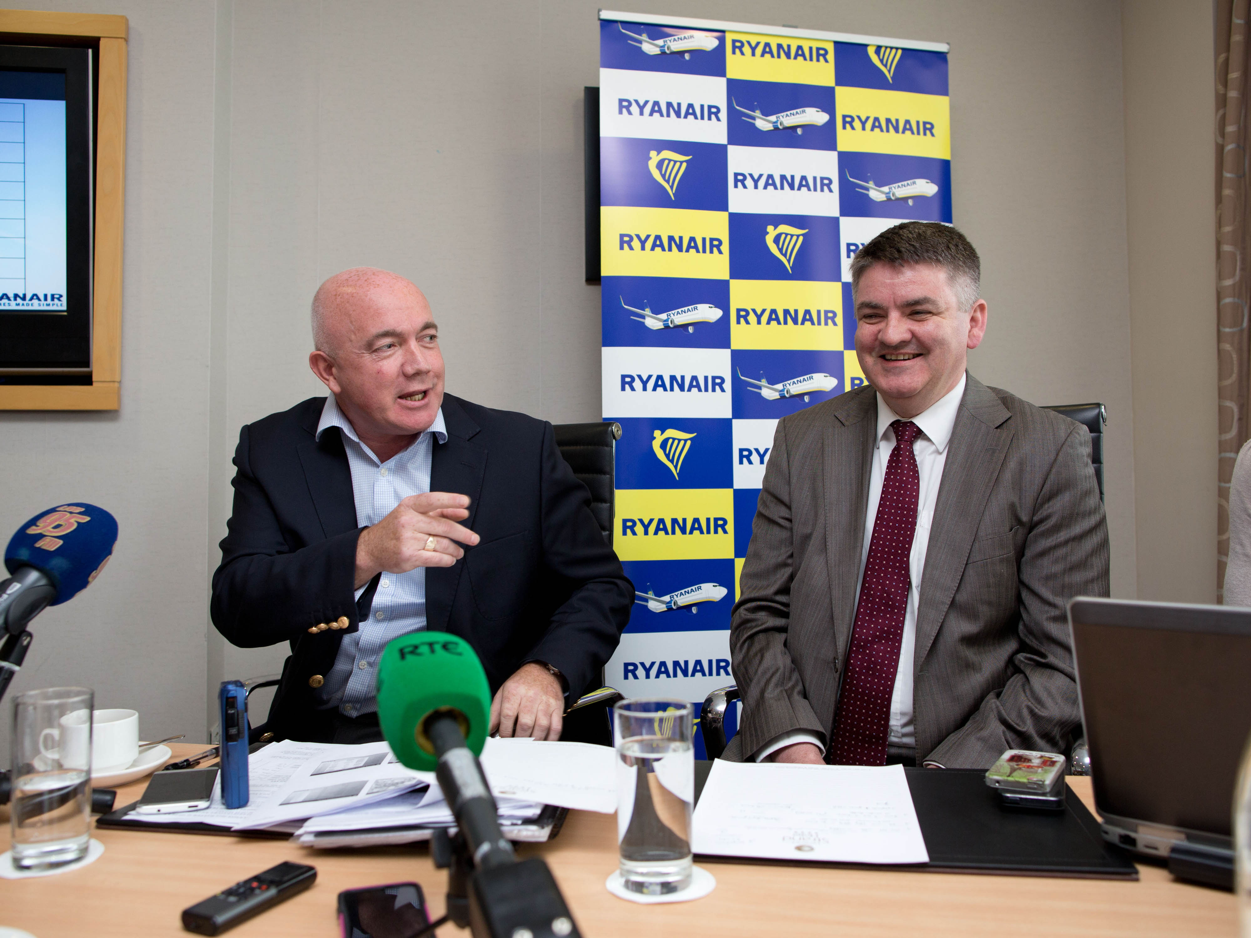 David O'Brien Chief Commercial Officer of Ryanair and  Shannon Airport CEO Neil Pakey . Pic Sean Curtin Photo.