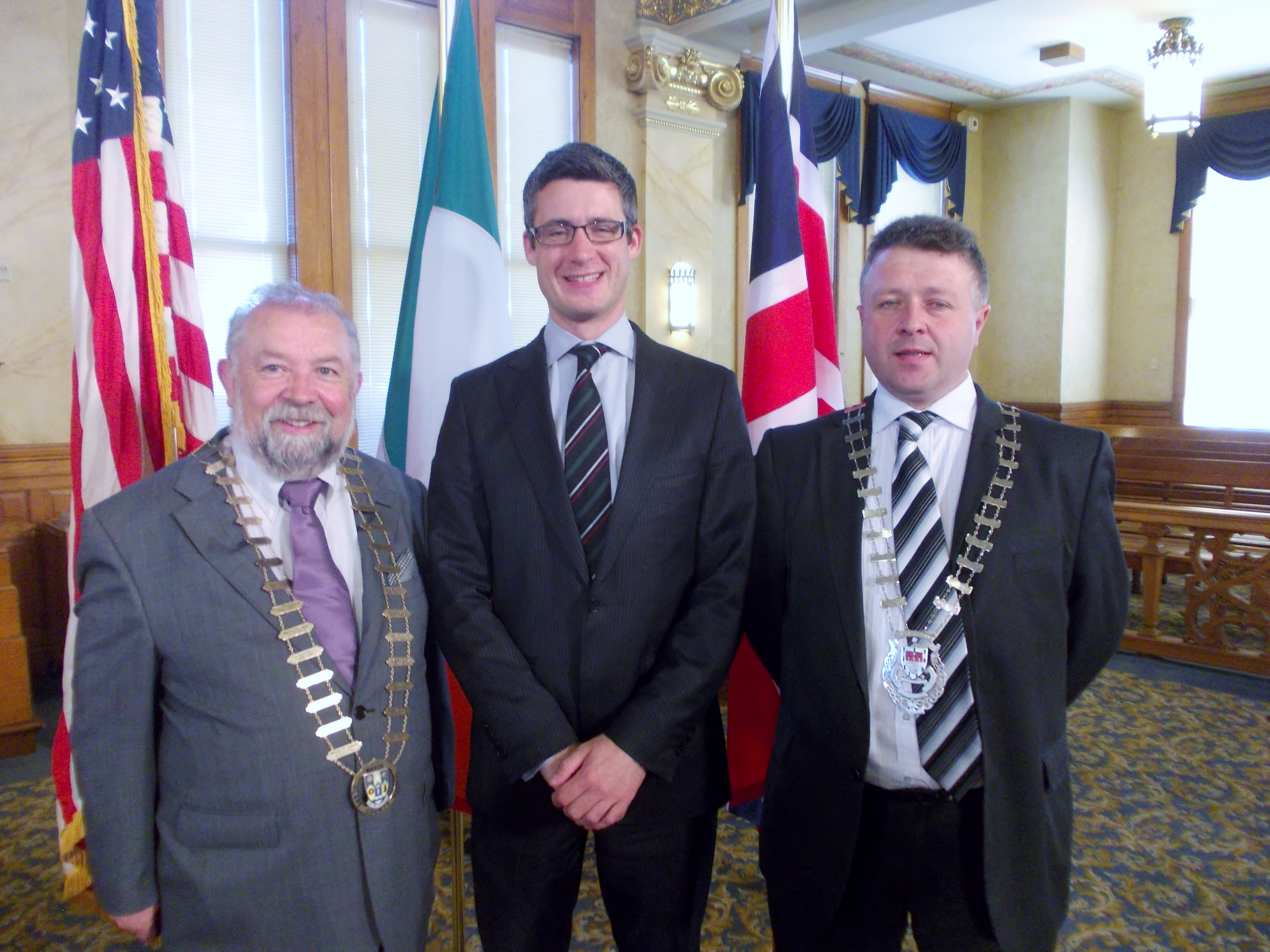 During his visit to Milwaukee, Wisconsin, Cllr. John Crowe, Cathaoirleach of Clare County Council had an opportunity to meet with Deputy Consul General of Chicago, Nicholas Michael. Also present (on right) is Cllr. Damien Ryan, Cathaoirleach of Mayo County Council.