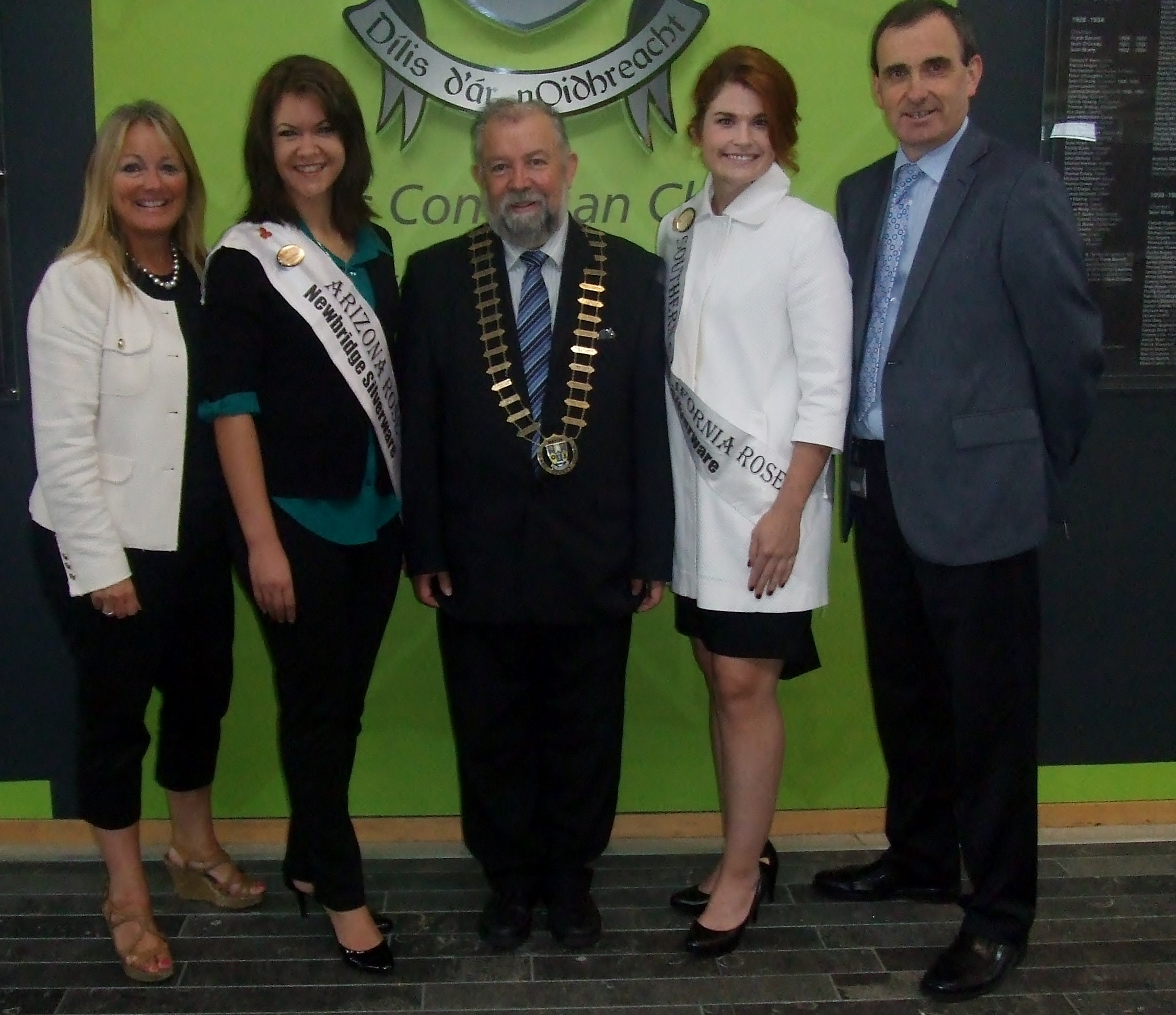 Cllr. Mary Howard of the Ennis Phoenix Twinning Board, Arizona Rose Sarah Hines, Cllr. John Crowe, South California Rose Katie Bergman, and Ger Dollard, Director of Services, Clare County Council