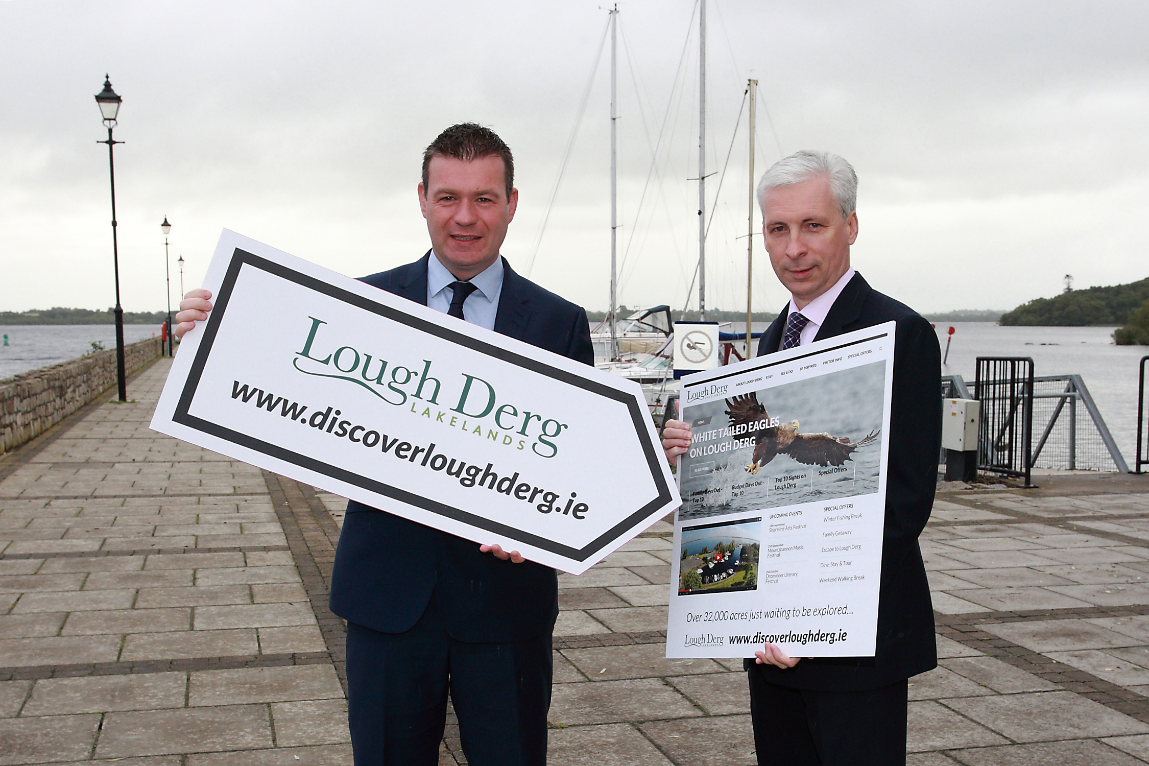 Minister for the Environment, Community and Local Government Mr. Alan Kelly TD today (Monday, 8 September 2014) launched a brand new website dedicated exclusively to the promotion of the Lakelands Lough Derg region. www.discoverloughderg.ie provides visitors to the region with information on places to visit, events, accommodation providers and restaurants, special offers, and land and water based activities. Pictured at the launch in Garrykennedy on the shores of Lough Derg (L-R) Minister Alan Kelly - Minister for the Environment, Community and Local Government; and Joe MacGrath – Chief Executive Tipperary County Council. Photographer: Tom Doherty)