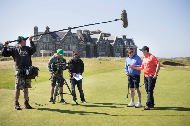 Presenters Trevor Cochrane (second right) and Kim Syrus (right) filming at Trump International Golf Links, Doonbeg. Also pictured are crew members Glenn Cronly-Dillon (sound), Laurence Sayers (camera man) and Kale Radics (producer). They are here as guests of Tourism Ireland.