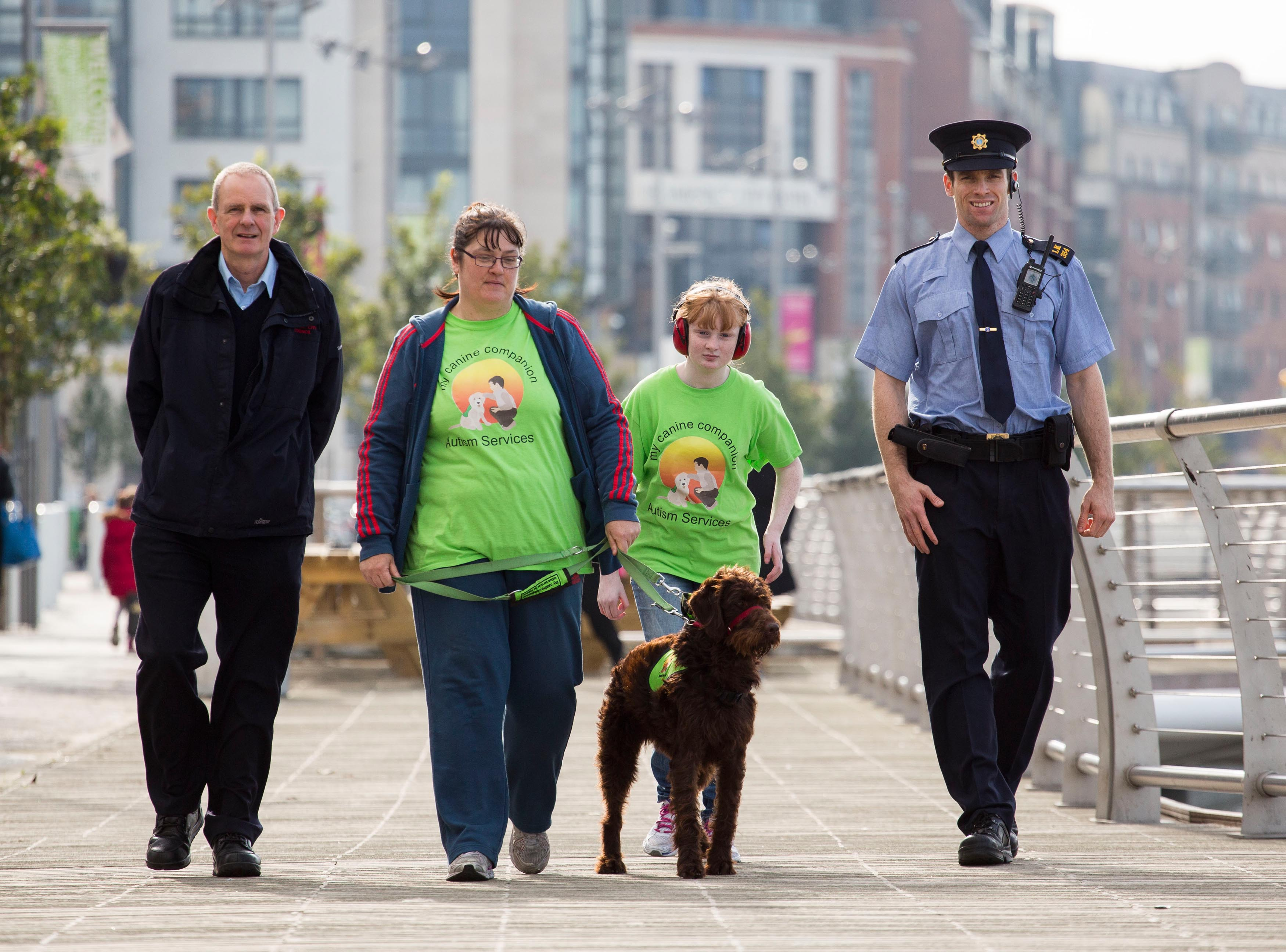 Helping to announce details of the campaign at Howleys Quay, Limerick were, Mike Walsh, Environmental Inspector Limerick City and County Council, Denise and Michaela Deegan with their dog Meggie and Garda Dave O'Connell. Picture: Alan Place.