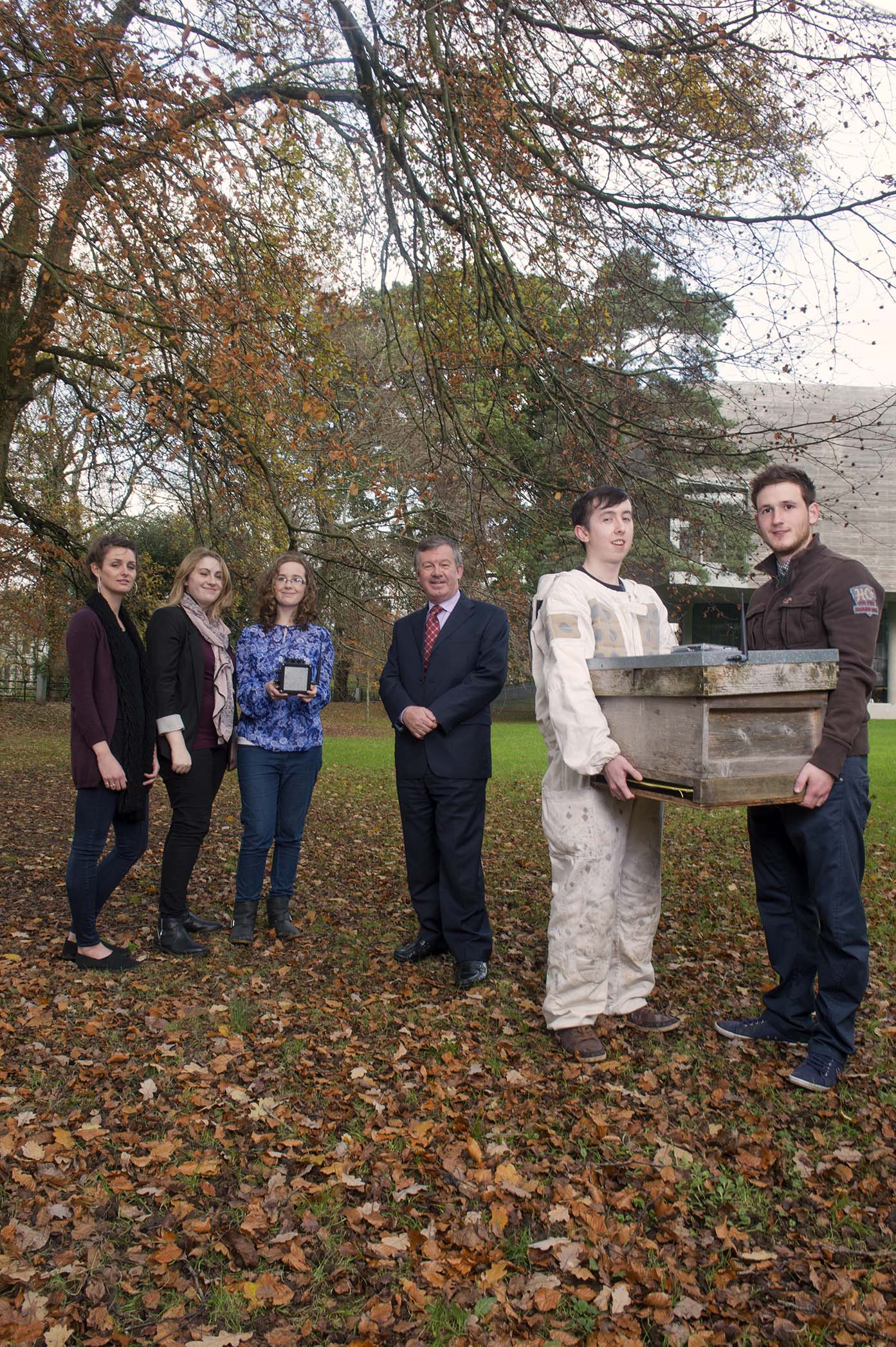 Dr Michael Murphy, President, UCC with students  L-  r Lily Pinson, Fiona Edwards Murphy, Katie Hetherington, Liam O'Leary (in bee keepers suit) and Killian Troy. Pic Michael Mac Sweeney/Provision