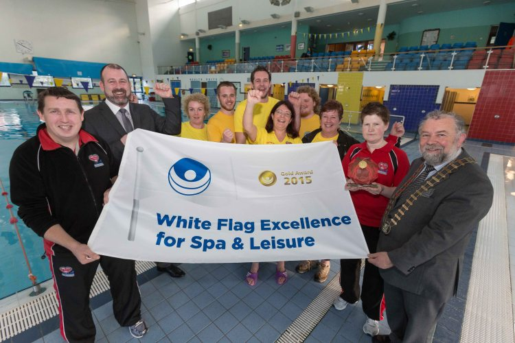 Active Ennis Leisure Complex has this week been presented with its 14th White Flag Award. The White Flag Award was today presented to Tim Forde (Active Ennis General Manager) by Councillor John Crowe (Cathaoirleach of Clare County Council). Pictured are from left John Carey, Gym Manager, Tim Forde, General Manager, Elaine Ensko,Eoin Gleeson,Bernard O'Brien, Patricia Butler,Eoghan Staunton, Jackie Coote,Hazel Walsh and John Crowe  (Cathaoirleach of Clare County Council). Photograph by Eamon Ward
