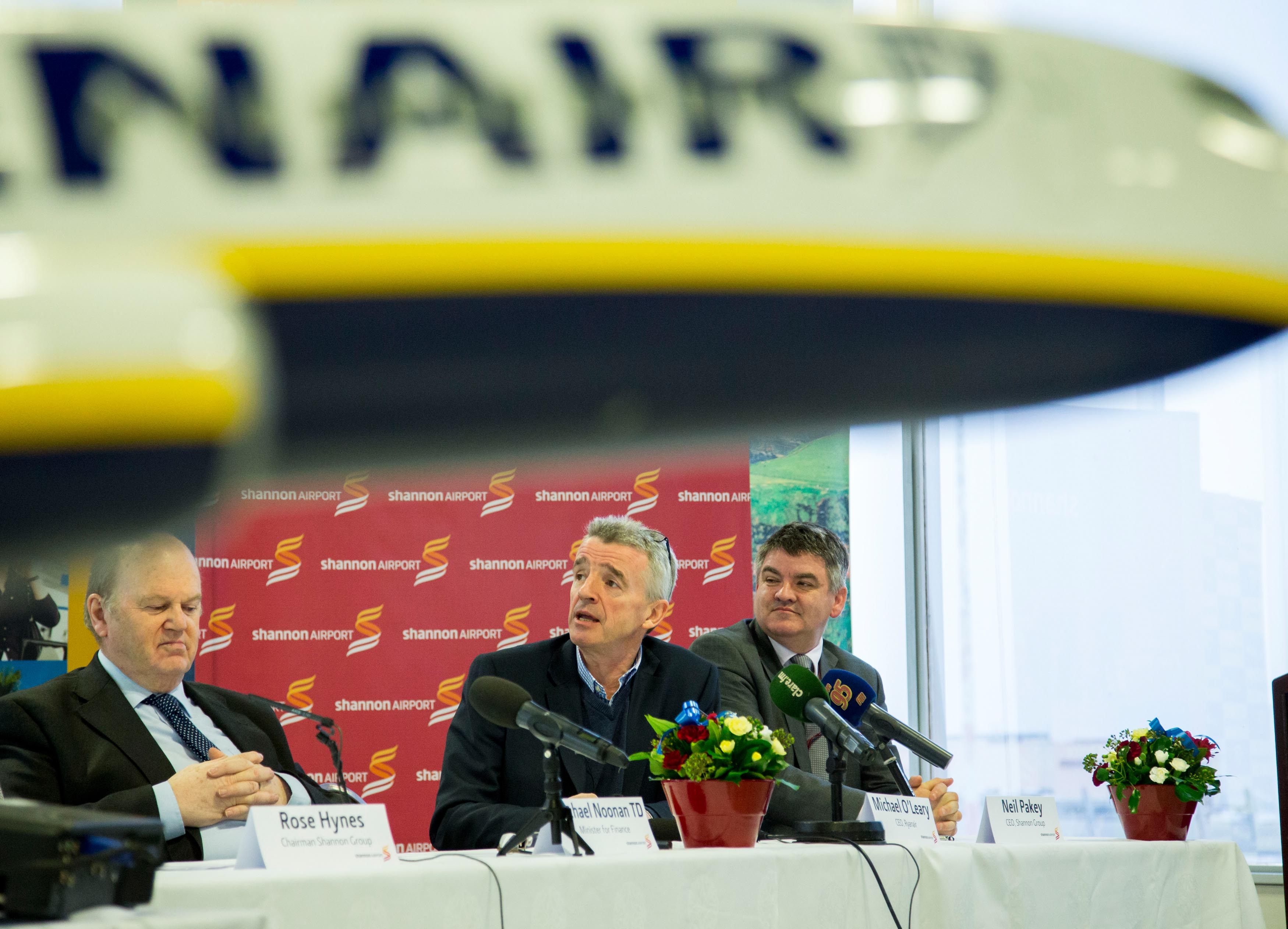 Minister for Finance, Michael Noonan TD, Ryanair CEO Michael O'Leary and Neil Pakey, CEO Shannon Group pictured during the press conference. Picture: Alan Place.