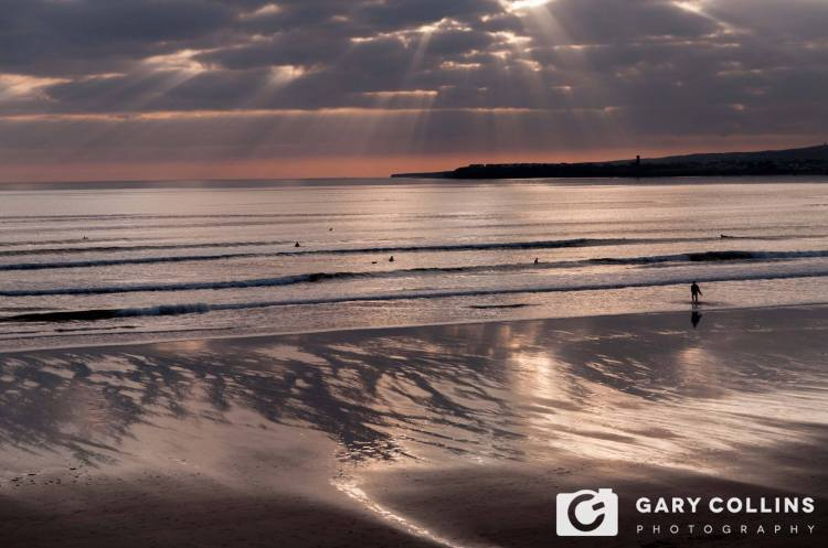 Sunset Surf.....Lahinch. Photo Gary Collins Photography https://www.facebook.com/Garycollinsphotography