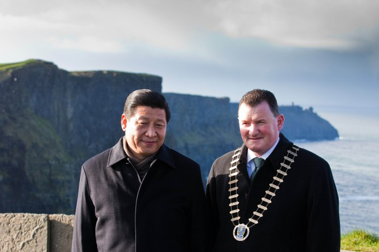HE Mr. Xi Jinping, Vice-President of the People's Republic of China, with Cllr Pat Hayes, the then Mayor of Clare, at the Cliffs of Moher, Co. Clare on the second day of a three day visit to Ireland in Febraury 2012. PIC. MAXWELLS DUBLIN