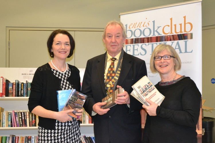 Liz Kelly (left) and Mary Donnelly of the Ennis Book Club Festival pictured with Cllr. James Breen (Deputy Mayor of Ennis) at the launch of the Festival programme in glór, Ennis, Co. Clare. Credit Catherine 'Hara.