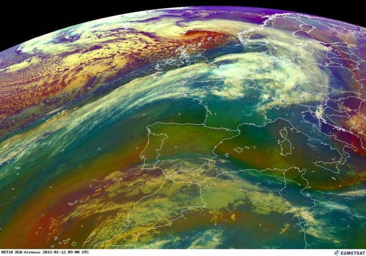 The clear dividing line between the current milder airmass and much colder air can be seen in the SW-NE line in this image from EUMETSAT at 9am Monday. The blue/purple colours represent colder air
