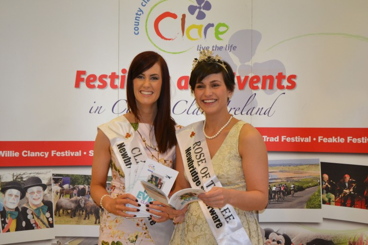 2014 Rose of Clare Joanne O'Gorman pictured with International Rose of Tralee Maria Walsh at the launch of the Clare Festivals and Events Guide 2015 in glór, Ennis, County Clare, . Credit Catherine O'Hara