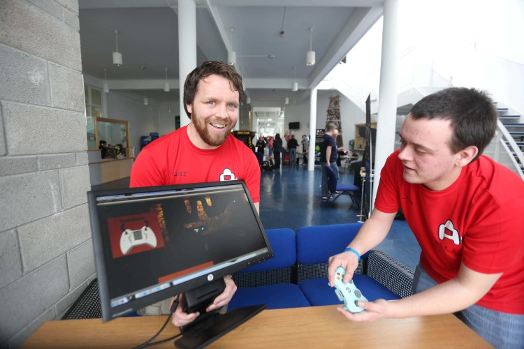 "Team Cavern Nauts, Ger Stone and Joe Bentley from Tipperary pictured playing ""Sourse Control"" of exGamers Studios in LIT Thurles, which hosts Games Fleadh 2015 on March 11th. Pic Brian Arthur / Press 22"