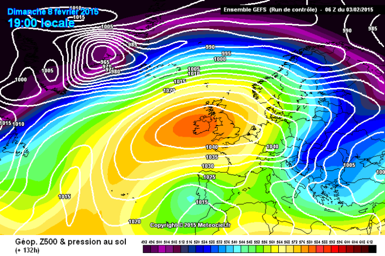 This GFS chart from Meteociel.fr shows high pressure over Ireland for the coming weekend