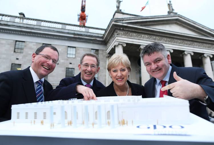 Pictured L-R: John Ruddle CEO Shannon Heritage; Barney Whelan, Director of Communications and Corporate Affairs, An Post; Minister for Arts, Heritage and the Gaeltacht, Heather Humphreys TD and Neil Pakey CEO Shannon Group.