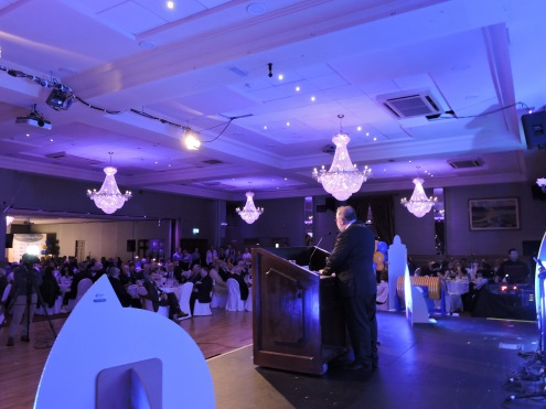 The large crowd at the Mayor's Charity Banquet in Treacy's West County Hotel, Ennis listening to Cathaoirleach Cllr. John Crowe addressing the 500 attendees. Pic By Siobhan Garvey