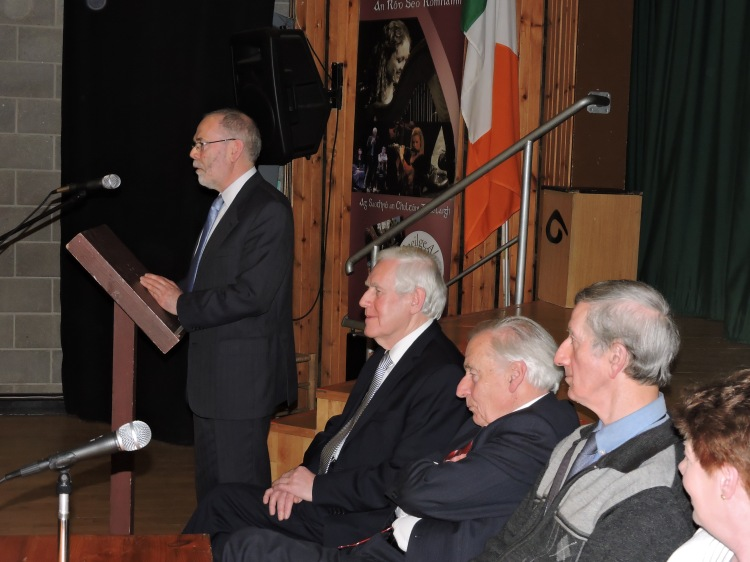 Micheal O Riabhaigh, Chairman of the Working Group making his acceptance speech as the members of the Ard Chomhairle of Comhaltas look on following the announcement of Ennis successful bid to host Fleadh Cheoil na hÉireann in 2016