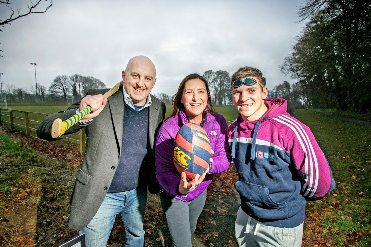 L-R Keith Wood, Former Ireland Rugby International, Rosie Foley, Former Ireland rugby International and Channel Swimmer and Podge Collins, Footballer and All Ireland Winning Hurler pictured at Clarisford Park in Killaloe. .Pic Arthur Ellis.
