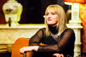 Kate Purcell performing at Dromoland Castle.