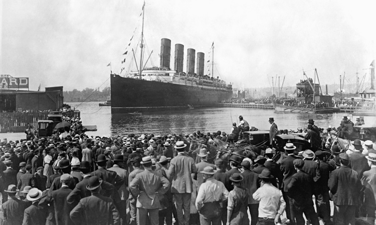 Cunard Liner Lusitania Departing New York