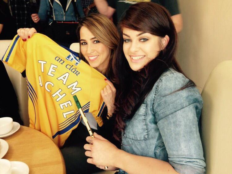 Rachel Stevens and Sarah McTernan pictured with a Clare jersey.