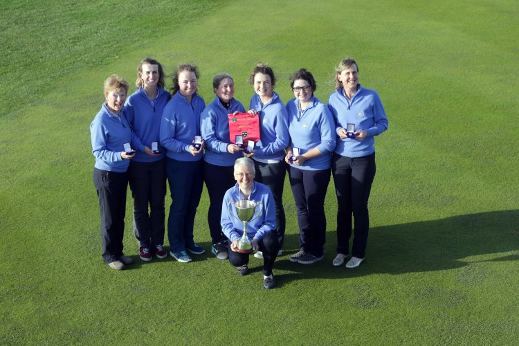 Lahinch Senior Cup team were crowned ILGU Munster Senior Cup Champions after defeating Muskerry, East Cork, Castletroy & Douglas over the weekend on the Old Course, Lahinch (L-R): Val Shannon; Linda Toomey; Sinead Sexton; Olivia Lucas; Jenny Hennessy; Clodagh Jones; Orla Barry Aedin McCarthy (Team Manager) Pic. Brian Arthur.